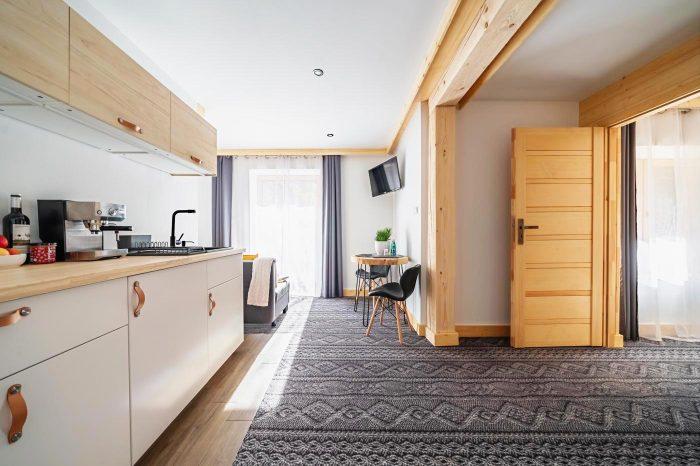 Duży i komfortowy apartament z osobną sypialnią w Zakopanem Salon 1